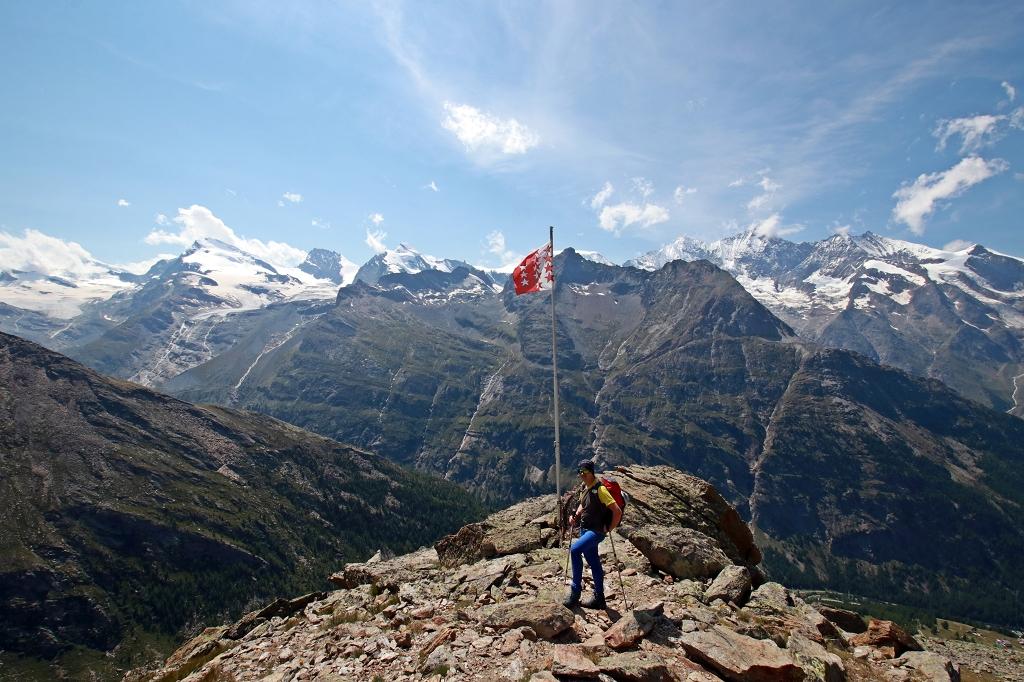 Am Panoramaplatz unterhalb des Klettersteigs aufs Almagellerhorn