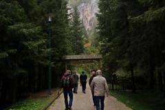 Auf dem Weg zur Srednja Bijambare Höhle