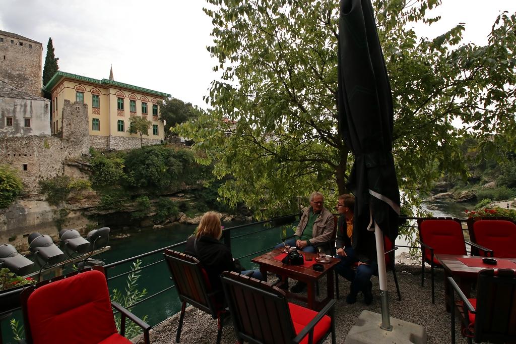 Kaffee mit Blick auf die Stari most