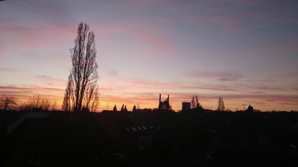 Sonnenuntergang von unserem Balkon