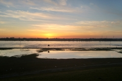 Sonnenuntergang am Rhein in Dinslaken