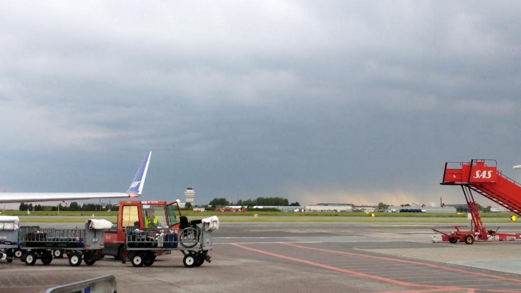 Warten auf den Abflug mit SAS nach Düsseldorf
