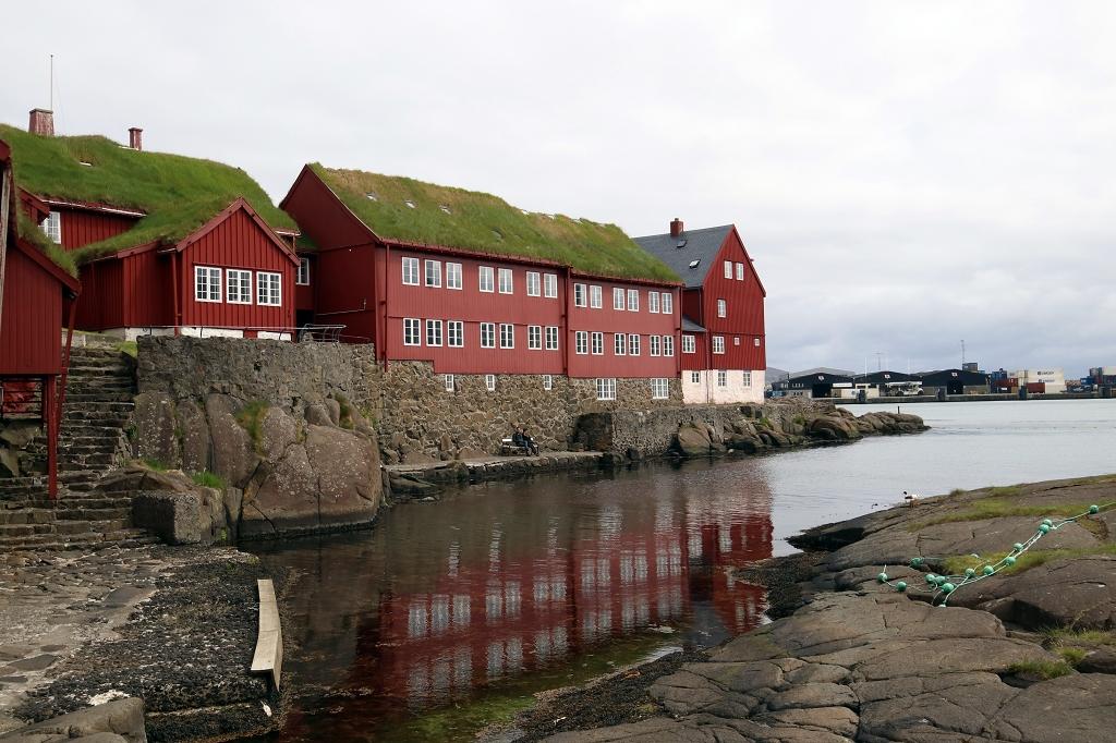 Løgting auf der Halbinsel Tinganes in Tórshavn