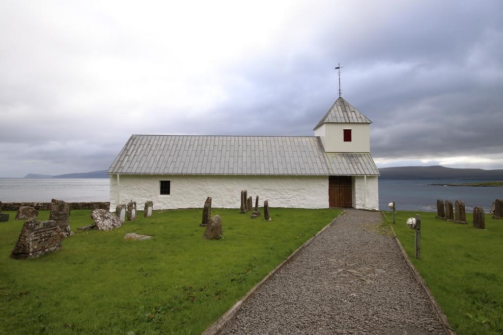 Sankt-Olavs-Kirche in Kirkjubøur