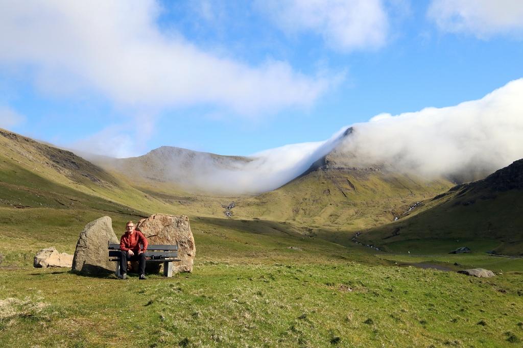 Die Ruhe und Einsamkeit auf den Färöer genießen