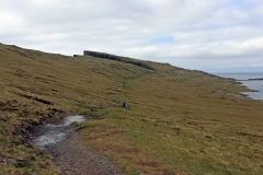 Wanderung zum Kliff Trælanípa
