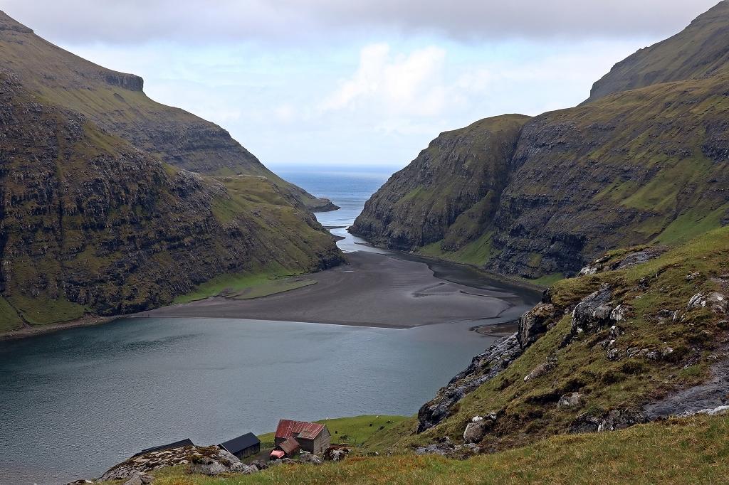 Fjord in Saksun