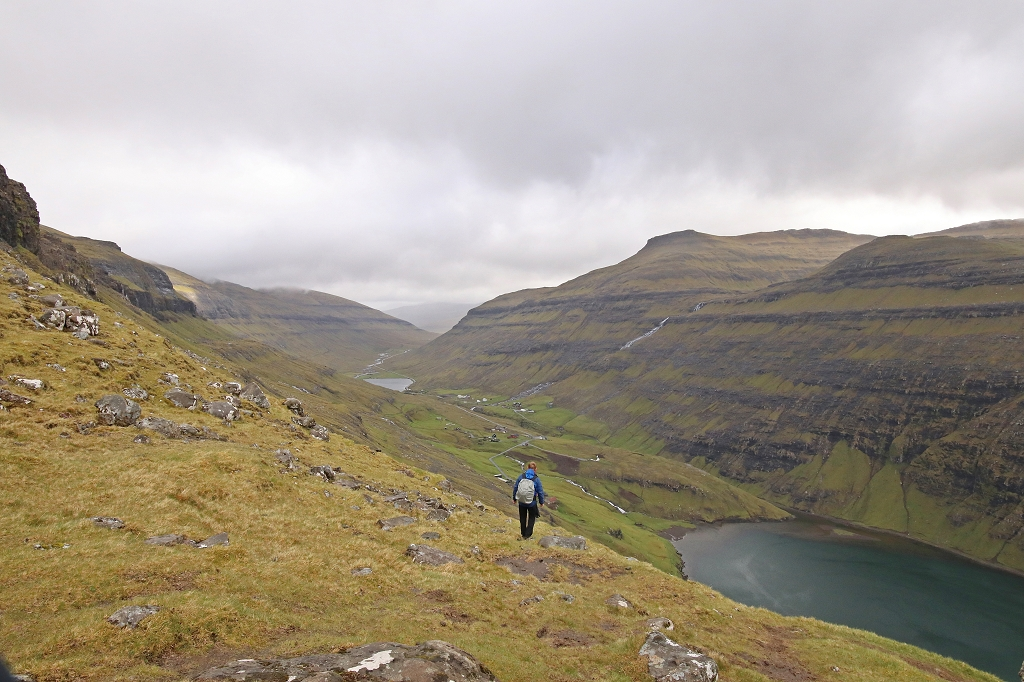 Oberhalb des Fjords von Saksun
