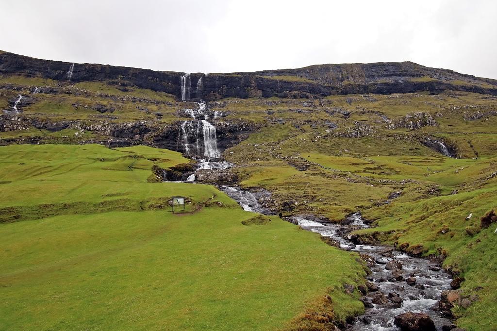 Wasserfall in Saksun