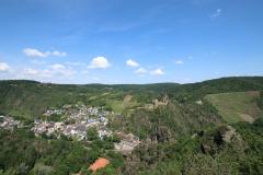 Gratwanderung über die Engelsley in Altenahr - Blick vom Gipfel Engelsley