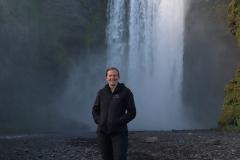 Am Skógafoss auf Island