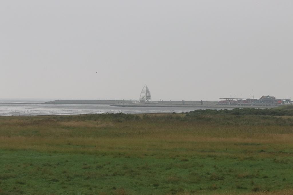 Fahrradtour in den Westen der Insel Juist - Bake zur Hafeneinfahrt
