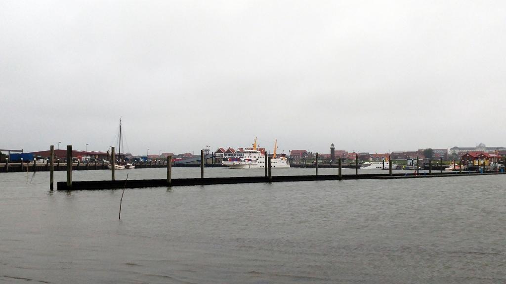 Am Hafen von Juist