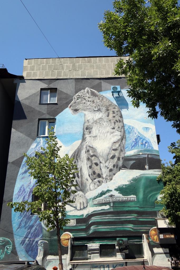 Fassadenmalerei in Almaty