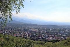 Blick auf Almaty vom Kök-Töbe