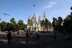 Platz vor der Christi-Himmelfahrt-Kathedrale in Almaty