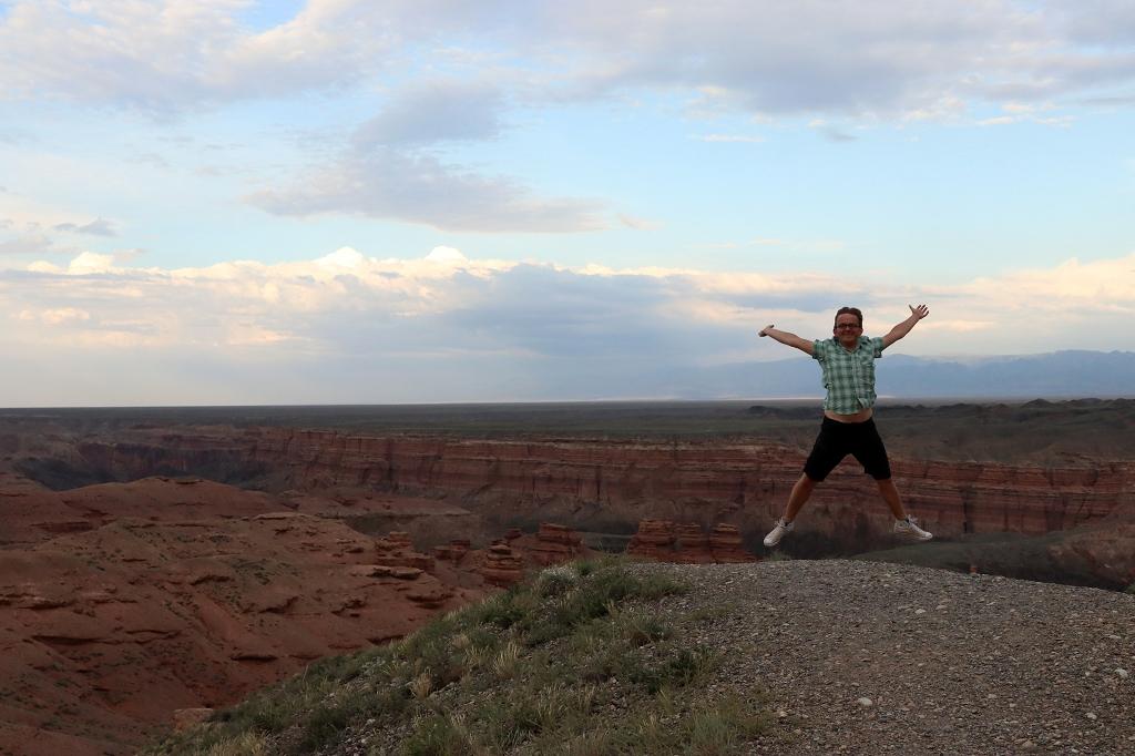 Das übliche Sprungbild am Charyn-Canyon