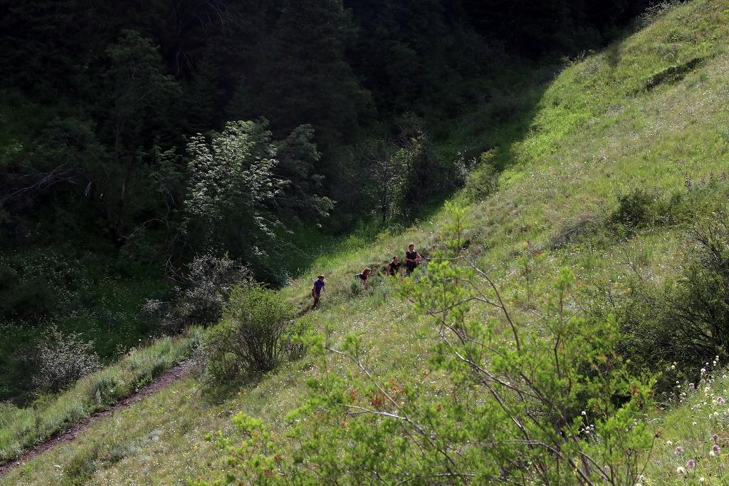 Steiler Anstieg am Unteren Kolsaisee