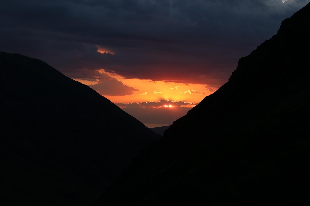 Sonnenuntergang in den Tien-Shan Bergen