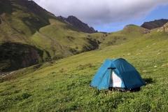 Das Zelt steht, die Nacht kann kommen