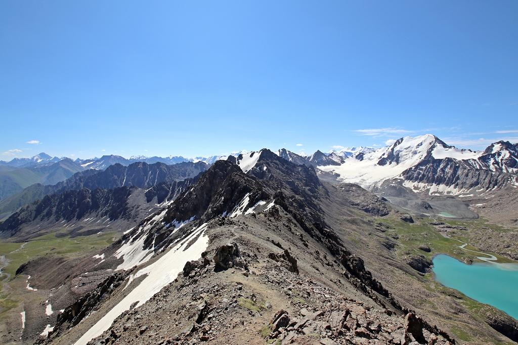 Die Abstiegsroute ins Altyn-Araschan-Tal
