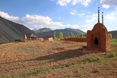Alter Friedhof in Kyzyl-Oi