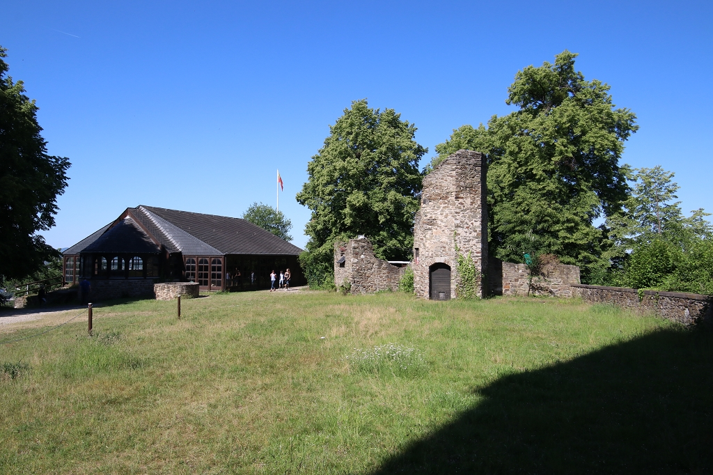 Rheinsteig Etappe 9: Von Sayn nach Vallendar - Burg Sayn