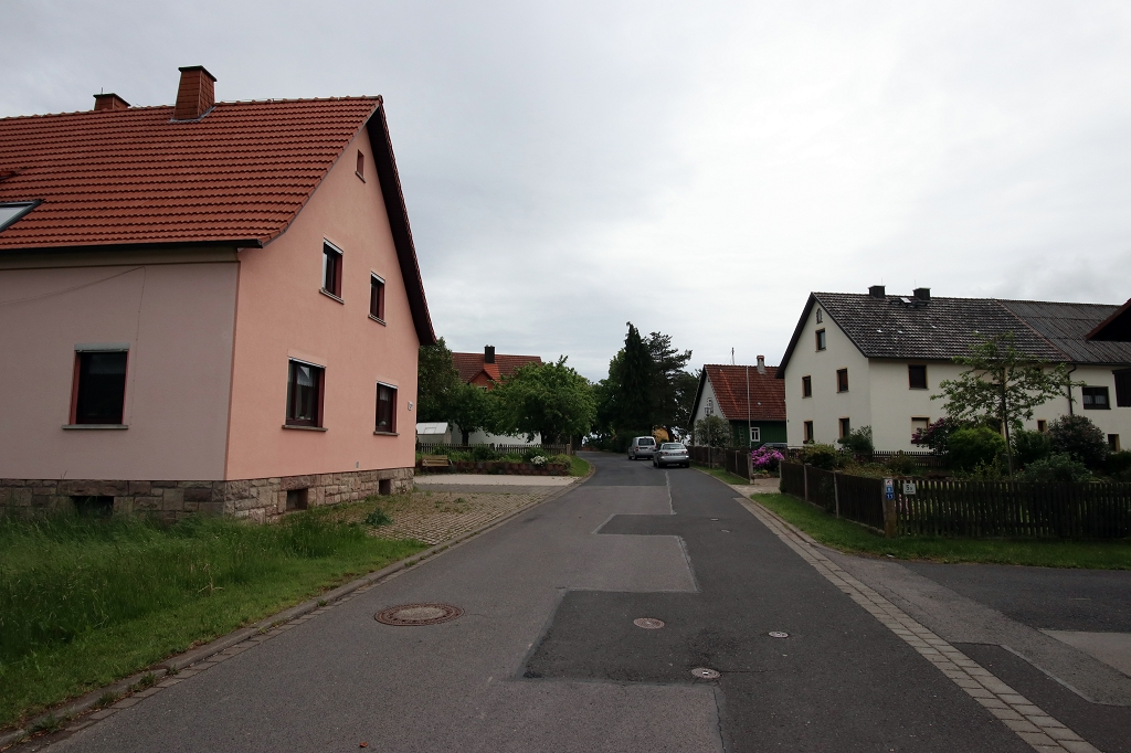 In Kilianshof auf der Extratour Kreuzbergtour