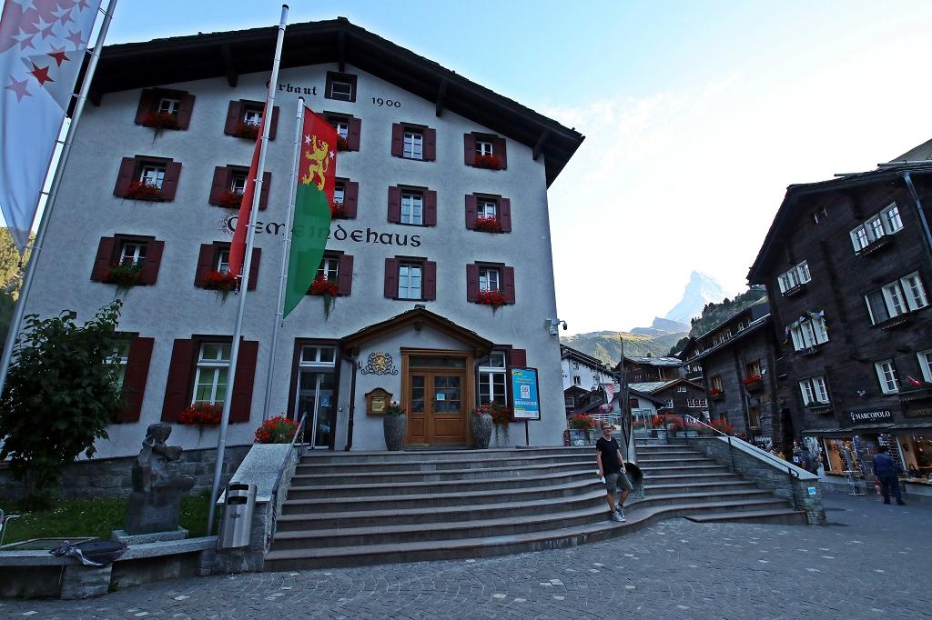 Gemeindehaus in Zermatt