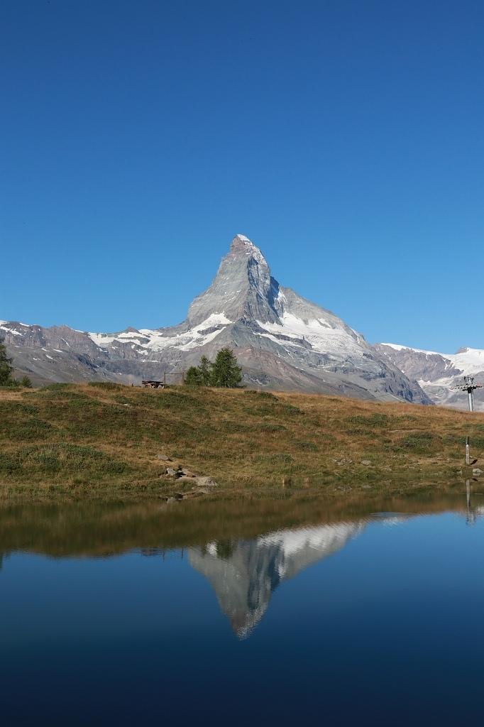 Matterhorn mit Spiegelung mit Leisee