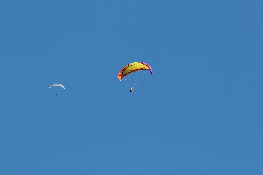 Gleitschirmflieger in Zermatt