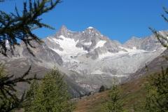 Obergabelhorn, Gabelhorngletscher und Wellenkuppe auf der 5-Seen-Runde in Zermatt