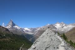 Kleine Gratwanderung auf der Fünf-Seen-Runde in Zermatt