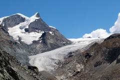 Findelgletscher sowie die Gipfel von Spitzi Flue (3.260 m.ü.M) und Pfulwe (3.314 m.ü.M.)