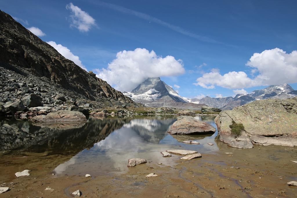 Kleiner Bergsee hinter dem Riffelsee