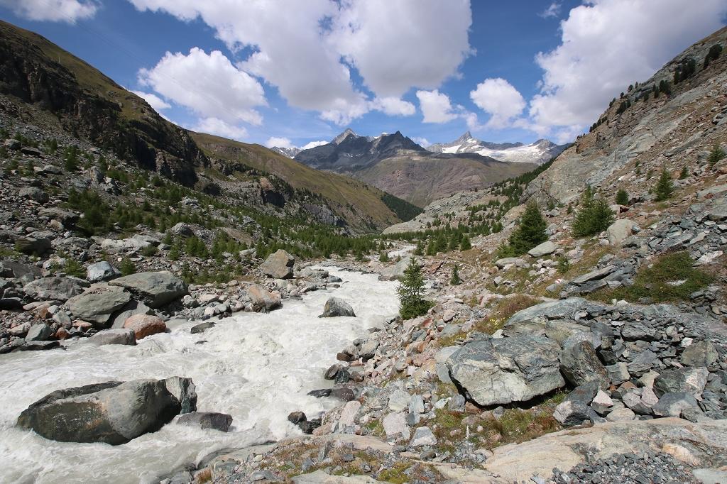 Zerklüftete Landschaft am Unteren Gornergletscher