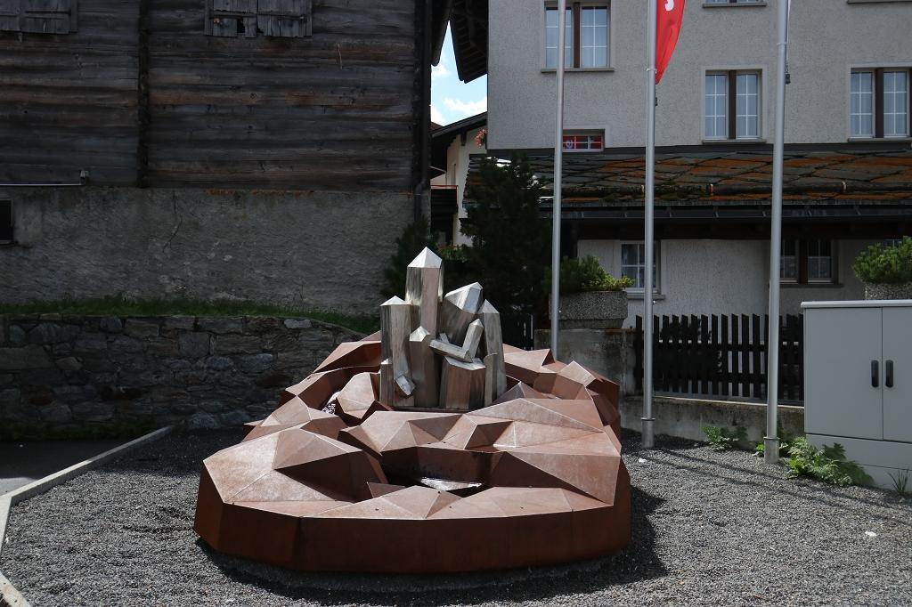 Kristallbrunnen in Saas-Almagell
