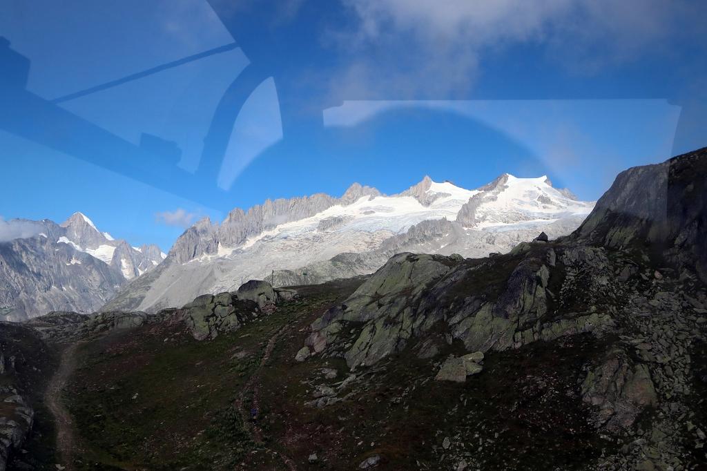 Blick auf die Berge aus der Seilbahn
