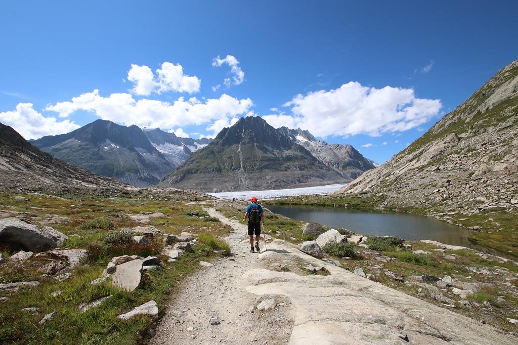 Weg zum Rand des Aletschgletschers