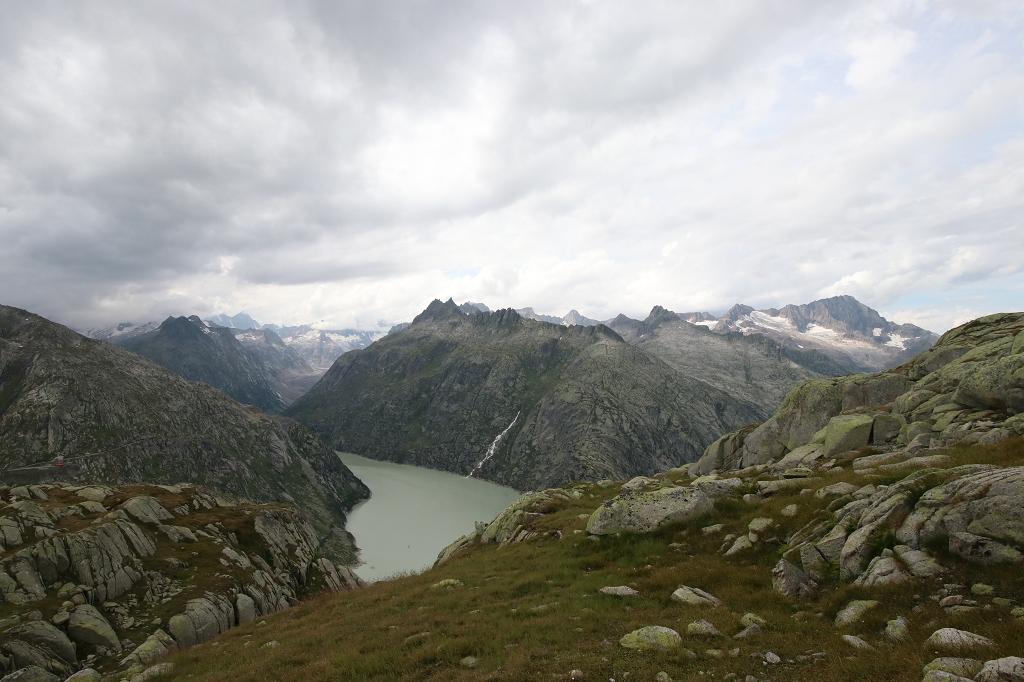 Abstieg vom Nägelisgrätli zum Grimselpass - Grimselsee