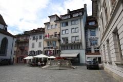 Durch die Straßen Luzerns zur Jesuitenkirche