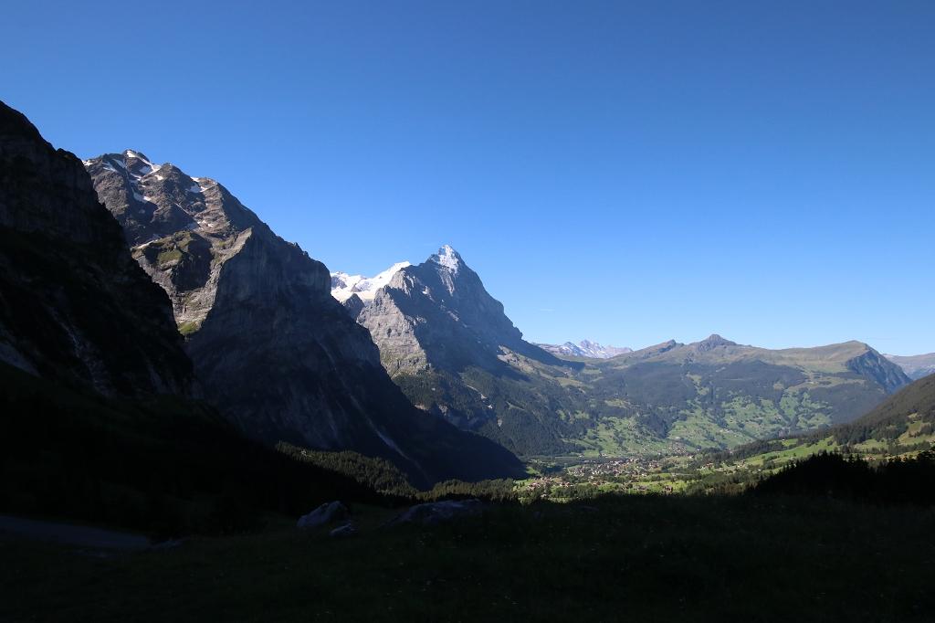 Wetterhorntrek: Von der Glecksteinhütte zur Schwarzwaldalp - Blick auf Eiger und Grindelwald