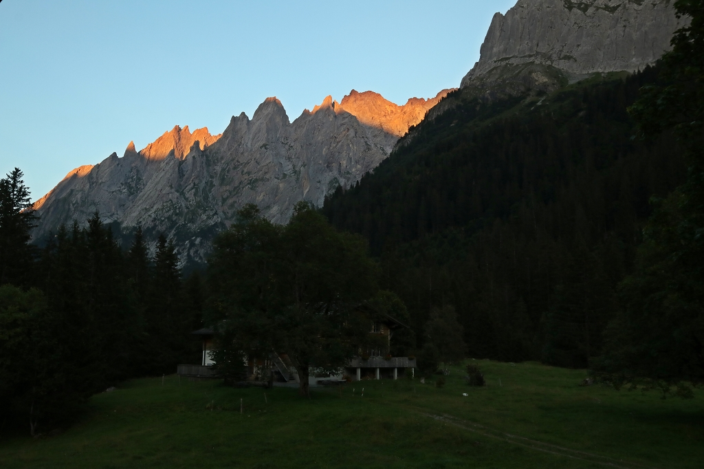 Wetterhorntrek: Von der Glecksteinhütte zur Schwarzwaldalp - Engelhörner