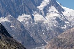 Lauteraarhorn (4.042m) und Schreckhorn (4.078m)