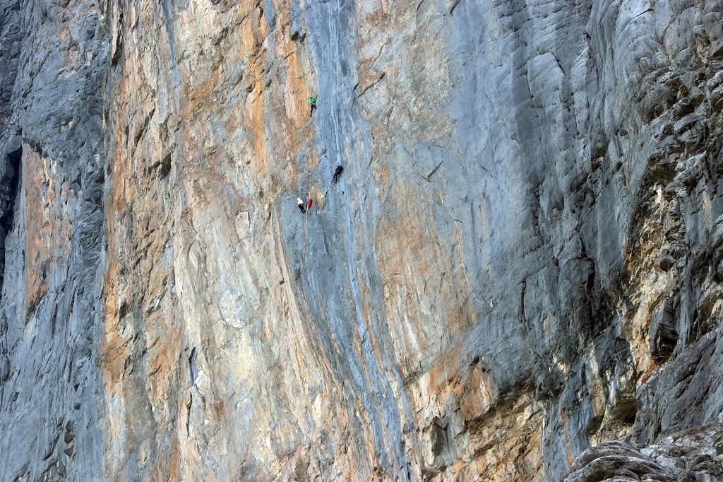 Kletterer in der Nordwand des Eigers