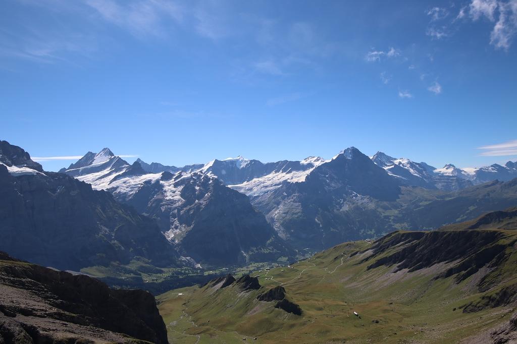 Klettersteig auf das Schwarzhorn - Blick auf Eiger und Schreckhorn