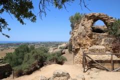 Überreste der antiken Tempel im Valle dei Templi