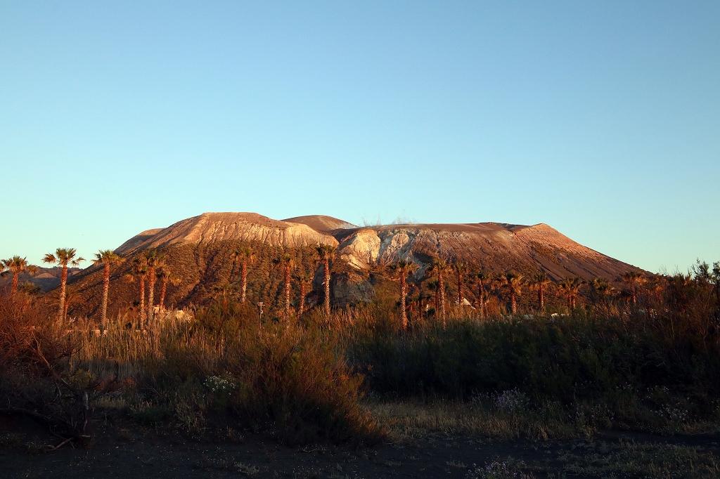 Sonnenuntergang am Gran Cratere auf Vulcano