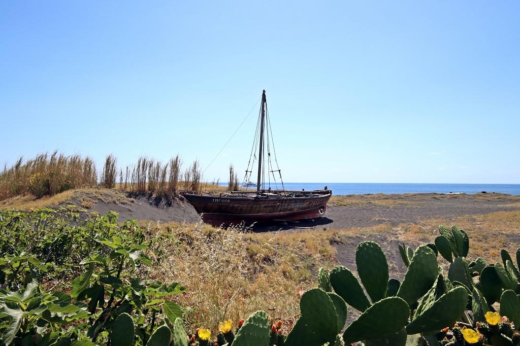 Boot auf Stromboli