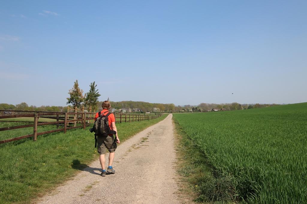 Zwischen Feldern bis nach Xanten-Birten